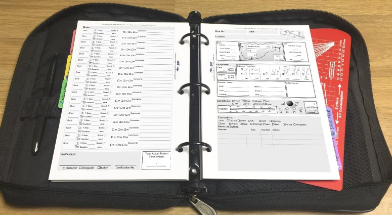 Photography Dive Log Refill Shown with metric units in the binder.%>